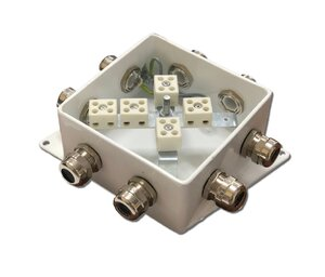 КМ-О (10к*6,0)-IP66-120х120, шесть вводов | Коробка монтажная огнестойкая
